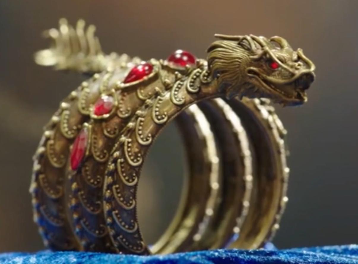 Dragon Bracelet | Mako: Island of Secrets | Pinterest ...