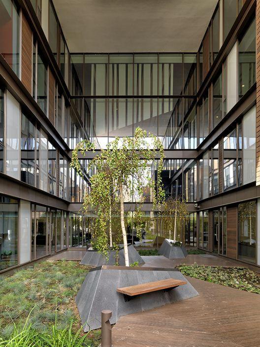 Mehrabad House Sarsayeh Architectural Office: Courtyard Design, Green Architecture