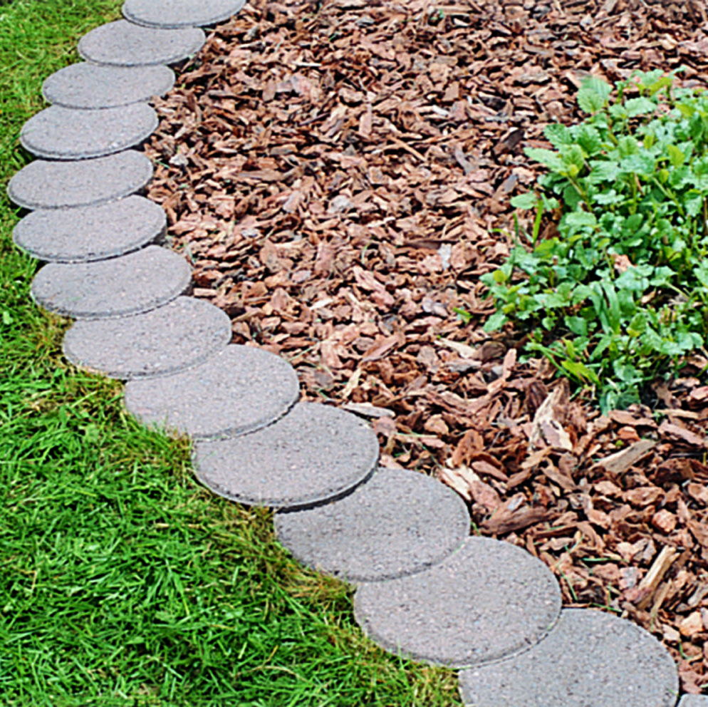 Beautify Your Flower Beds Walkway Or Terrace With Crescent Edgers Great For Straight Or Curved Applica Edgers Landscape Landscape Design Backyard Landscaping