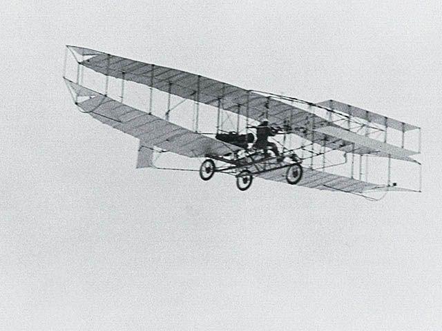"""Резултат с изображение за """"Самолетът """"Silver Dart"""""""""""