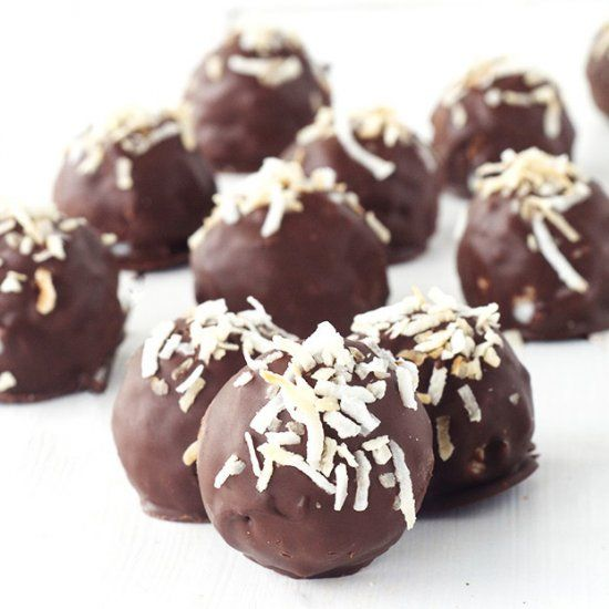 Easy Chocolate Coconut Truffles made using just 5 ingredients!