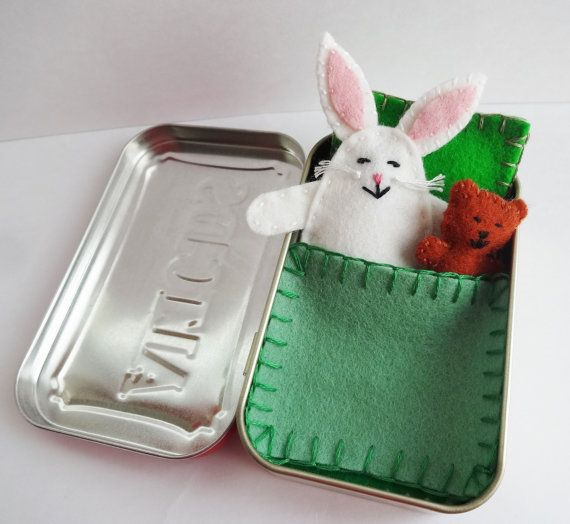 White wee bunny in altoids tin house with green bedding g001 find this pin and more on easter ideas by earthymamagoods negle Choice Image
