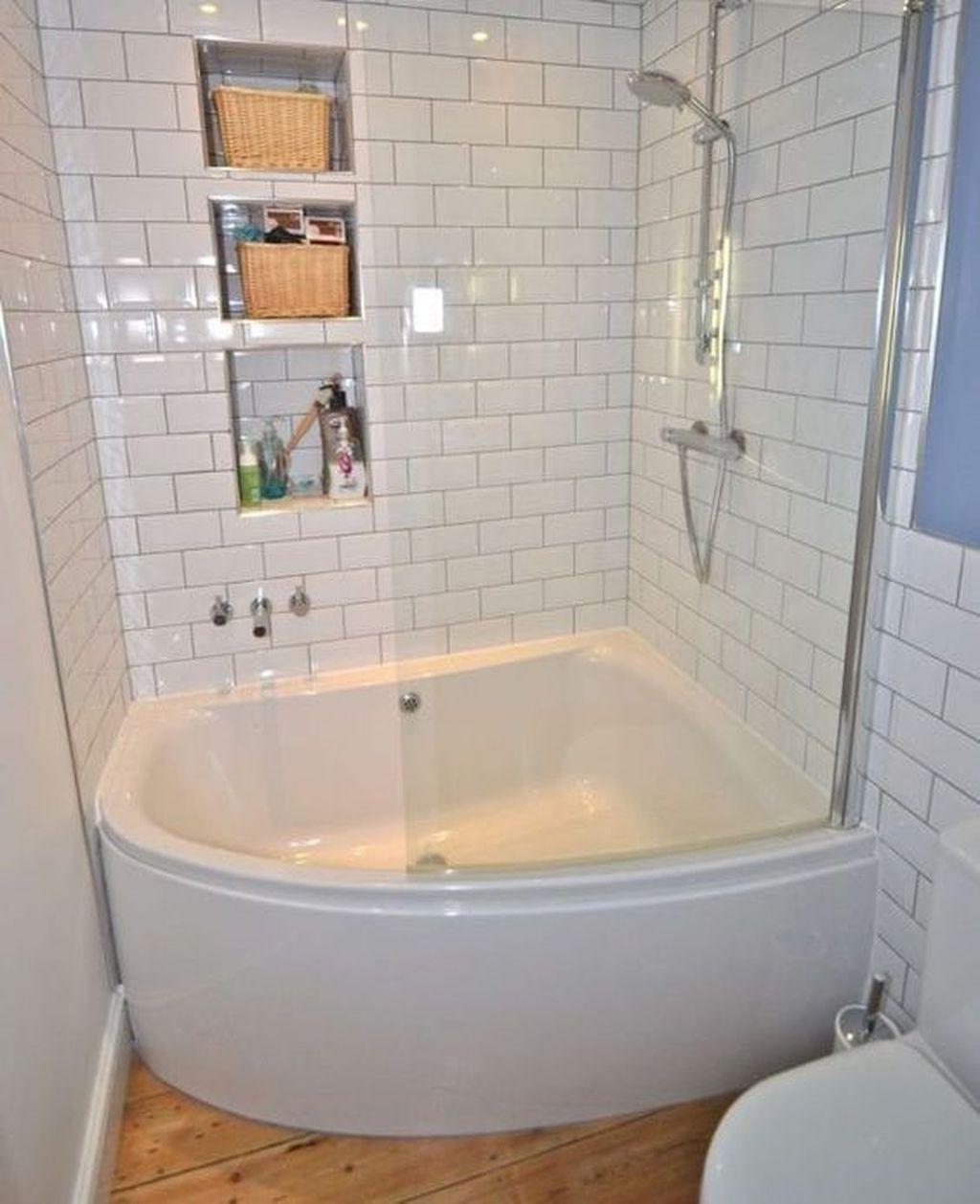 20 Stylish Small Bathroom Design Ideas On A Budget Bathroom Tub Shower Combo Small Bathroom Diy Small Bathroom Design