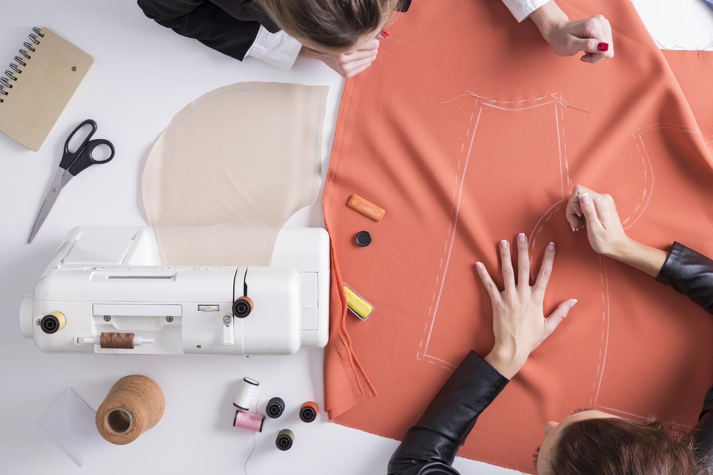 Coudre un t-shirt ou une blouse: 11 patrons de couture #stoffresteverwerten