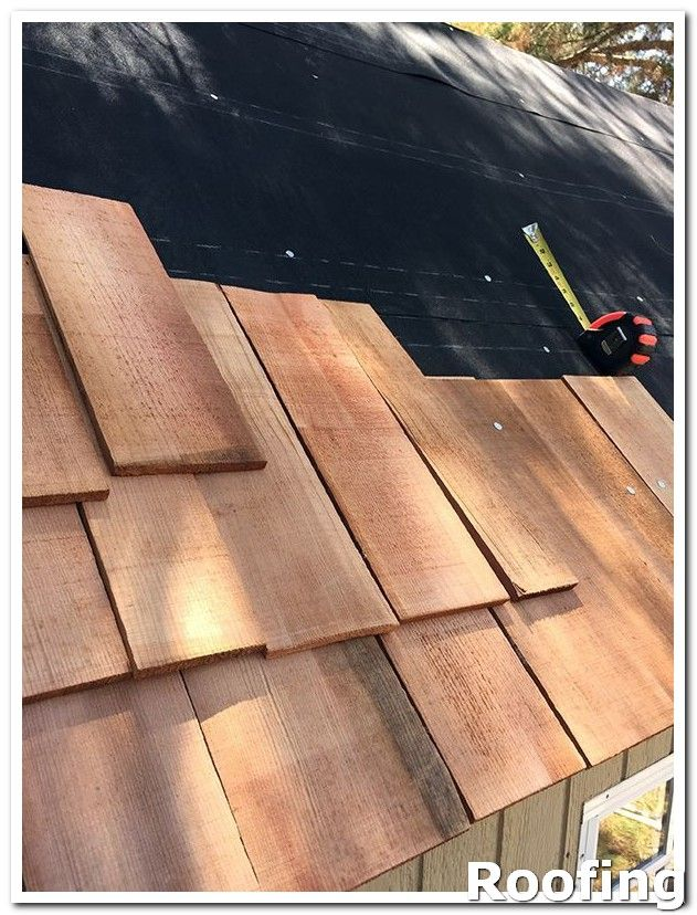Roofing Ideas You Should Have Certain Expectations Of Your Roofer For Example Any Shingles That Fall Down To Th Wood Roof Cedar Shingle Roof Cedar Roof