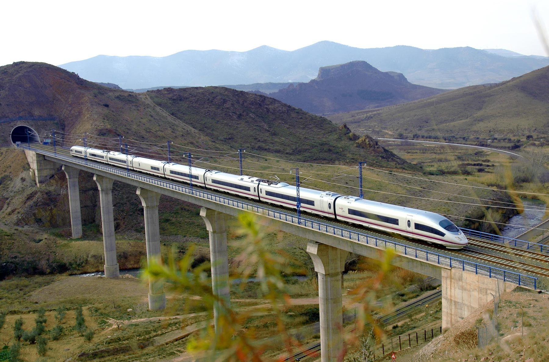 AVE España. High-Speed Train Spain. Took it Madrid to Cordoba. 2000