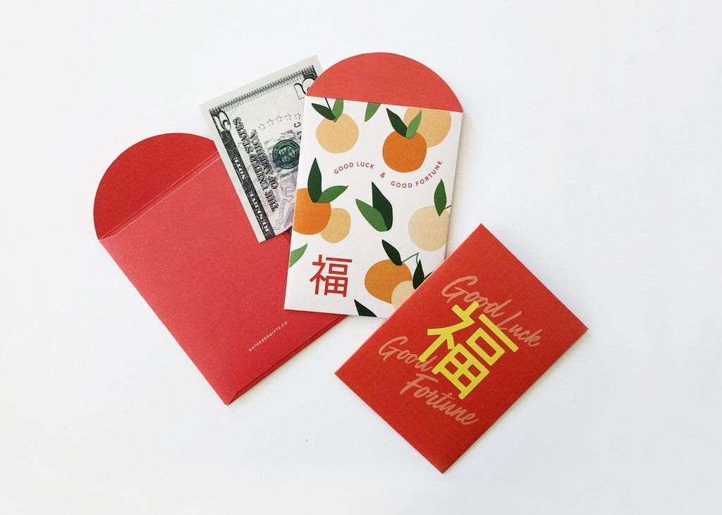Red Envelope Etiquette Tips for Giving and Receiving