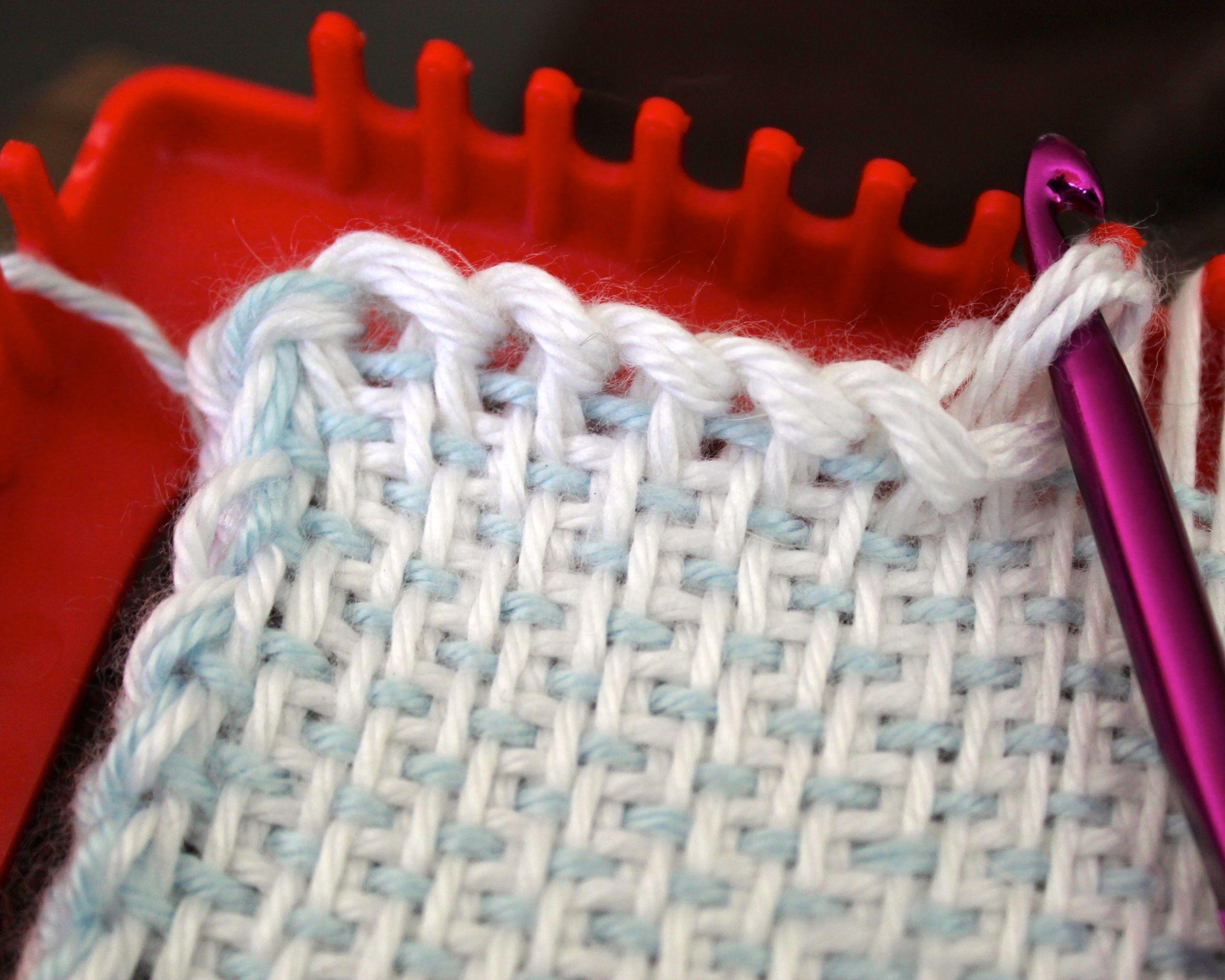 Woven squares on a potholder loom | basketry | Pinterest | Telar ...