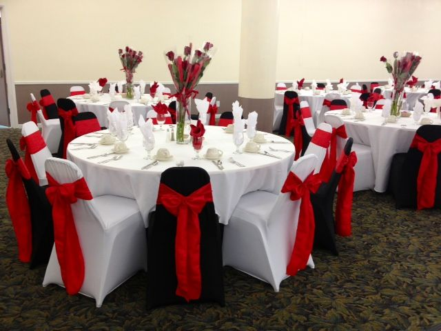 Alternating Black And White Chair Covers