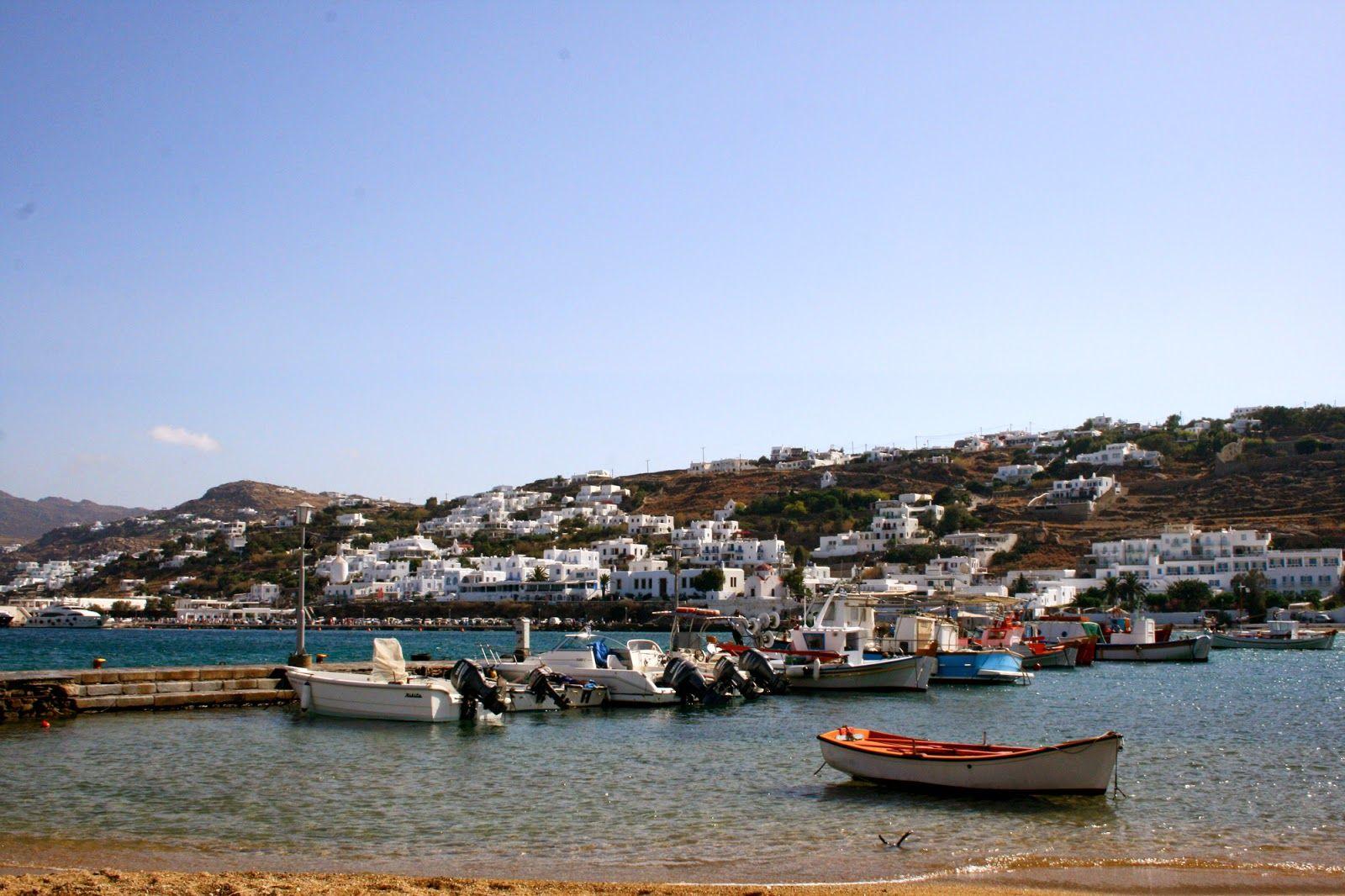 mykonos ticker: Les Cyclades