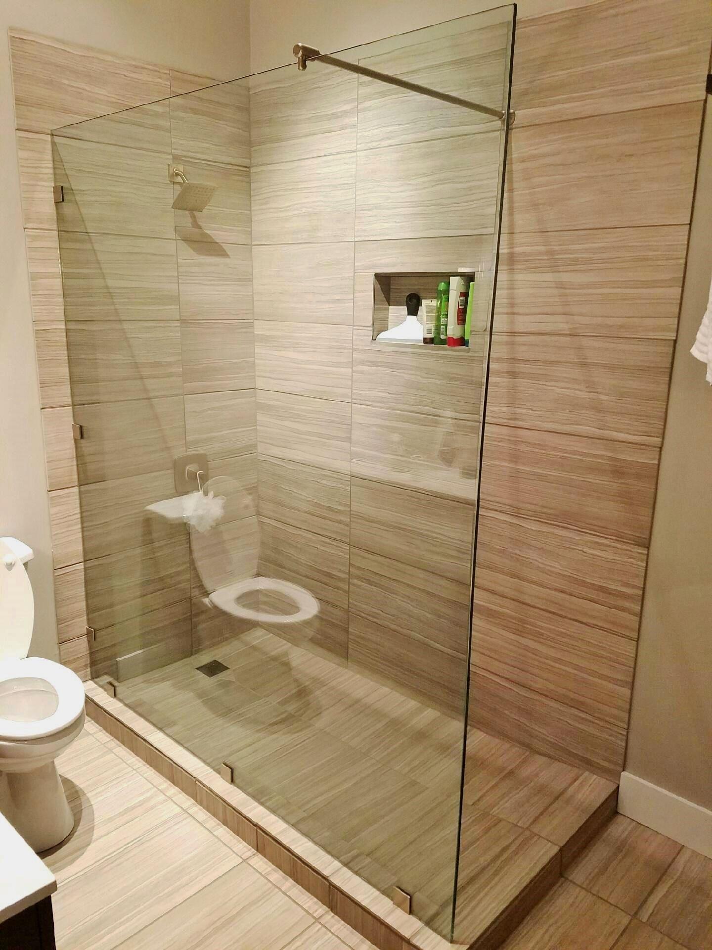 Frameless Walk-in Shower Enclosure: Splash Panel - Furnished ...
