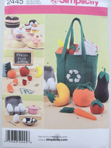Simplicity pattern 2445 toy felt food eggs bag by CraftSupplyHouse. , via Etsy.