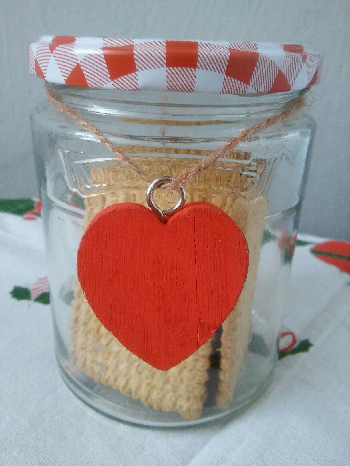 Biscuit Jar Heart Smile