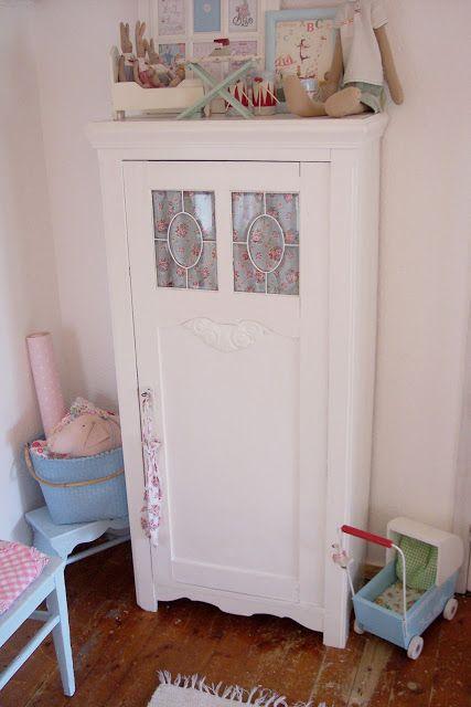 Lulufant: Claire mini maleri & fint karlekammerskab