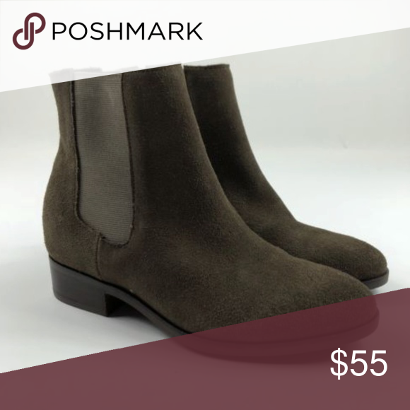 49513642aee Steve Madden Avril Brown Suede Chelsea Boots Steve Madden Women s Size 7  Avril Brown Suede Chelsea Boots Never been worn. Steve Madden Shoes Ankle  Boots   ...
