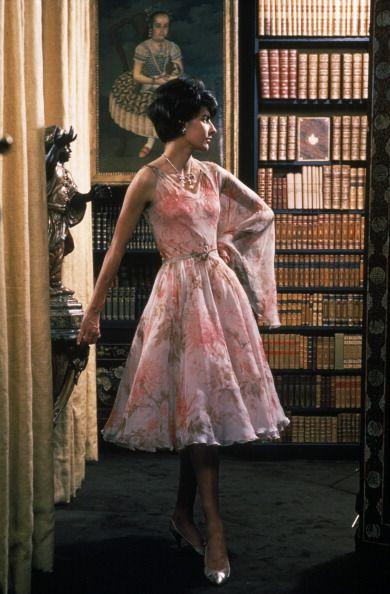 chanel in paris france in 1960 me elegant vintage und outfit. Black Bedroom Furniture Sets. Home Design Ideas
