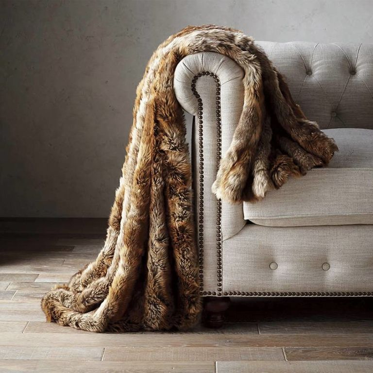 These FauxFur Throw Blankets Are Cozy Beyond Belief Faux Fur Best Faux Fur Throw Blanket Gray Wolf Frontgate