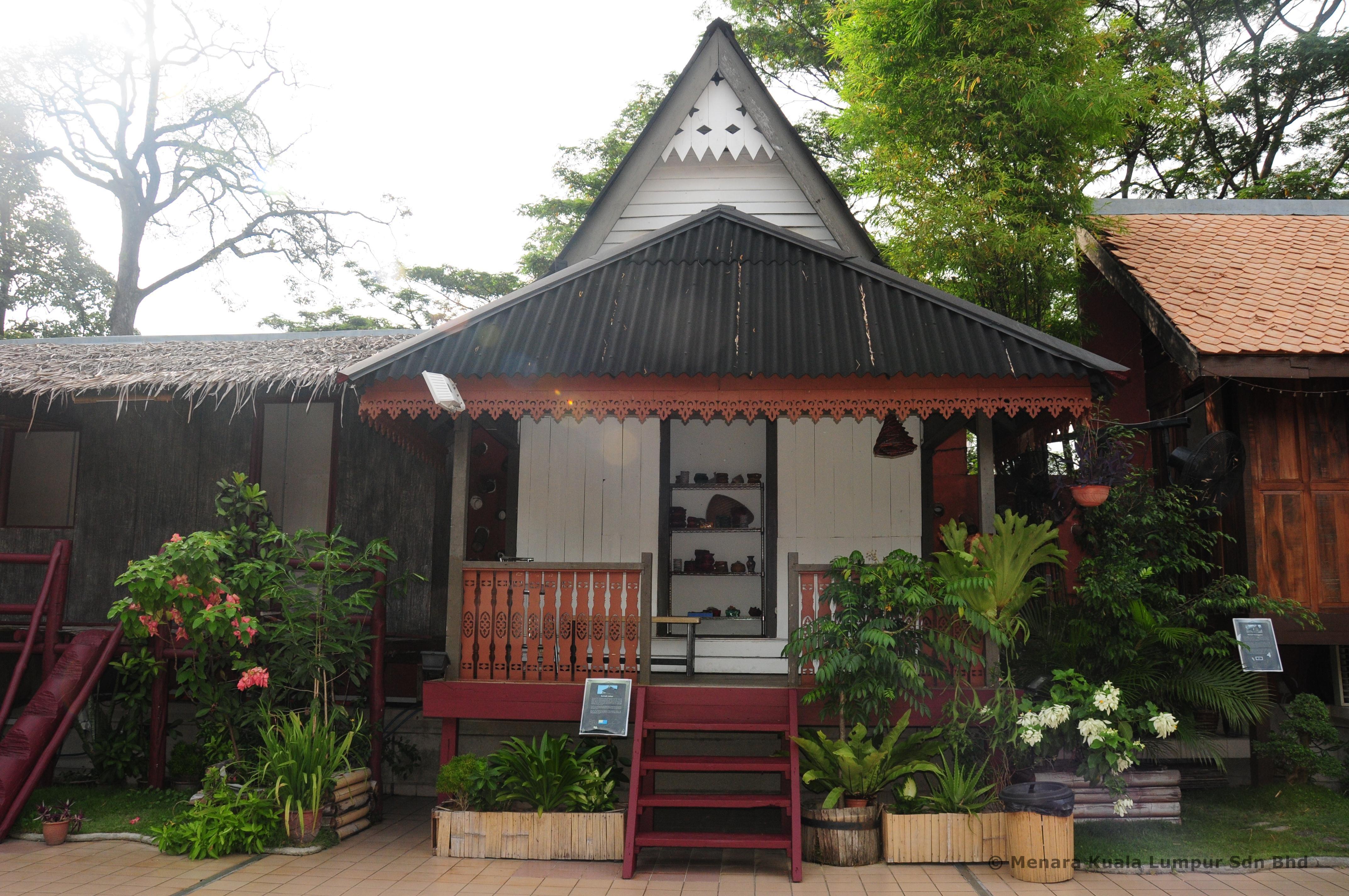 Johor Traditional House At 1 Malaysia Cultural Village