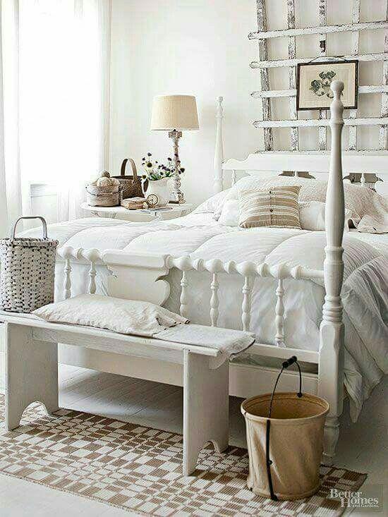 Pin by kathleen cavender on white on white dormitorio shabby chic dormitorios dormitorio vintage - Dormitorio vintage chic ...