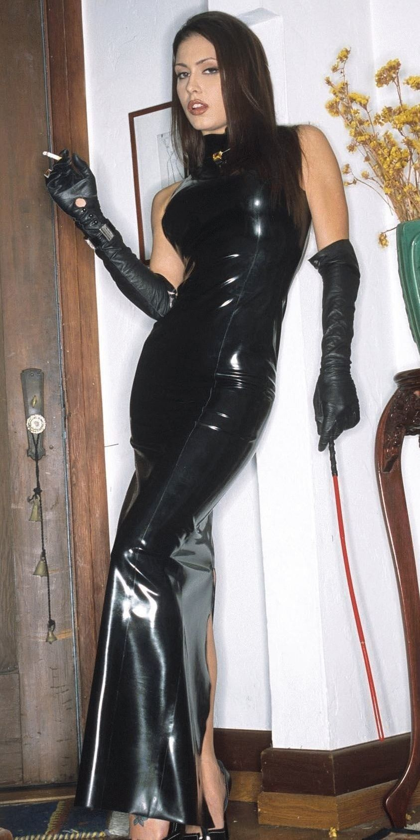 elbow-fetish-gloves-leather-length-smoking-exalted-porn