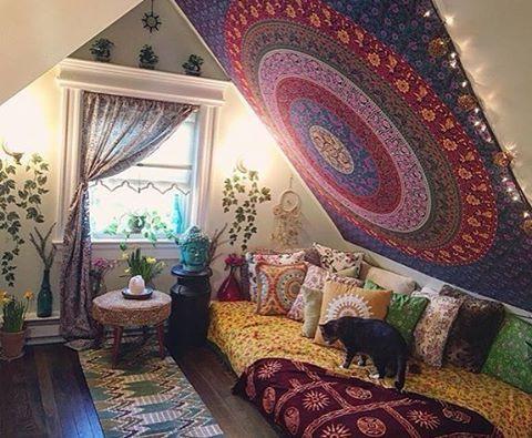 Attic Decoration Slanted Ceiling