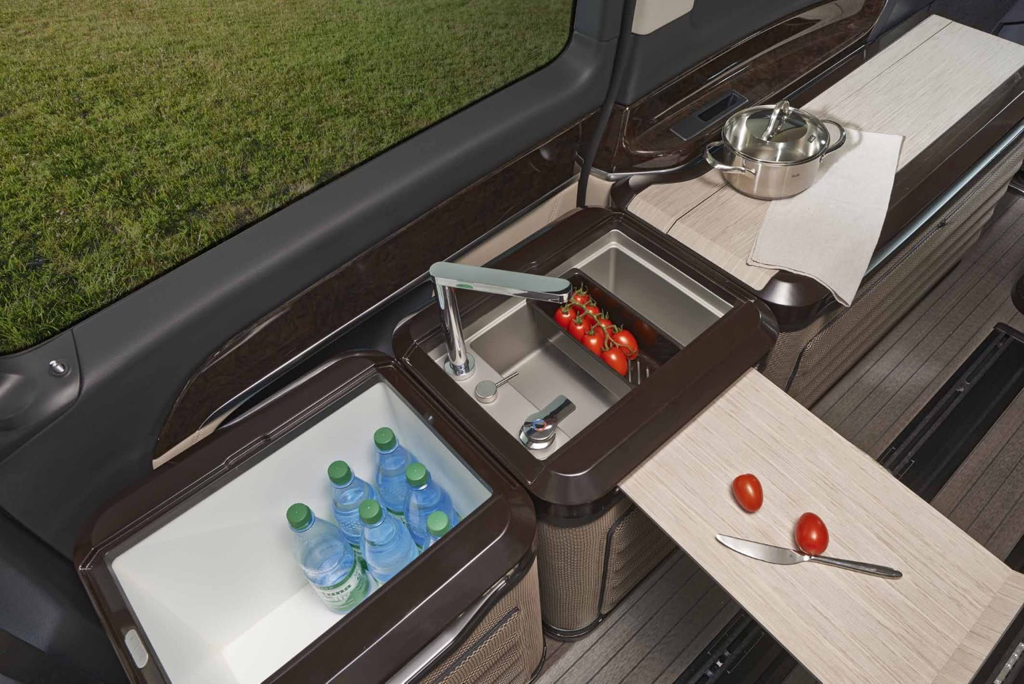 Hymer adds modular flexibility to Mercedes V-Class camper
