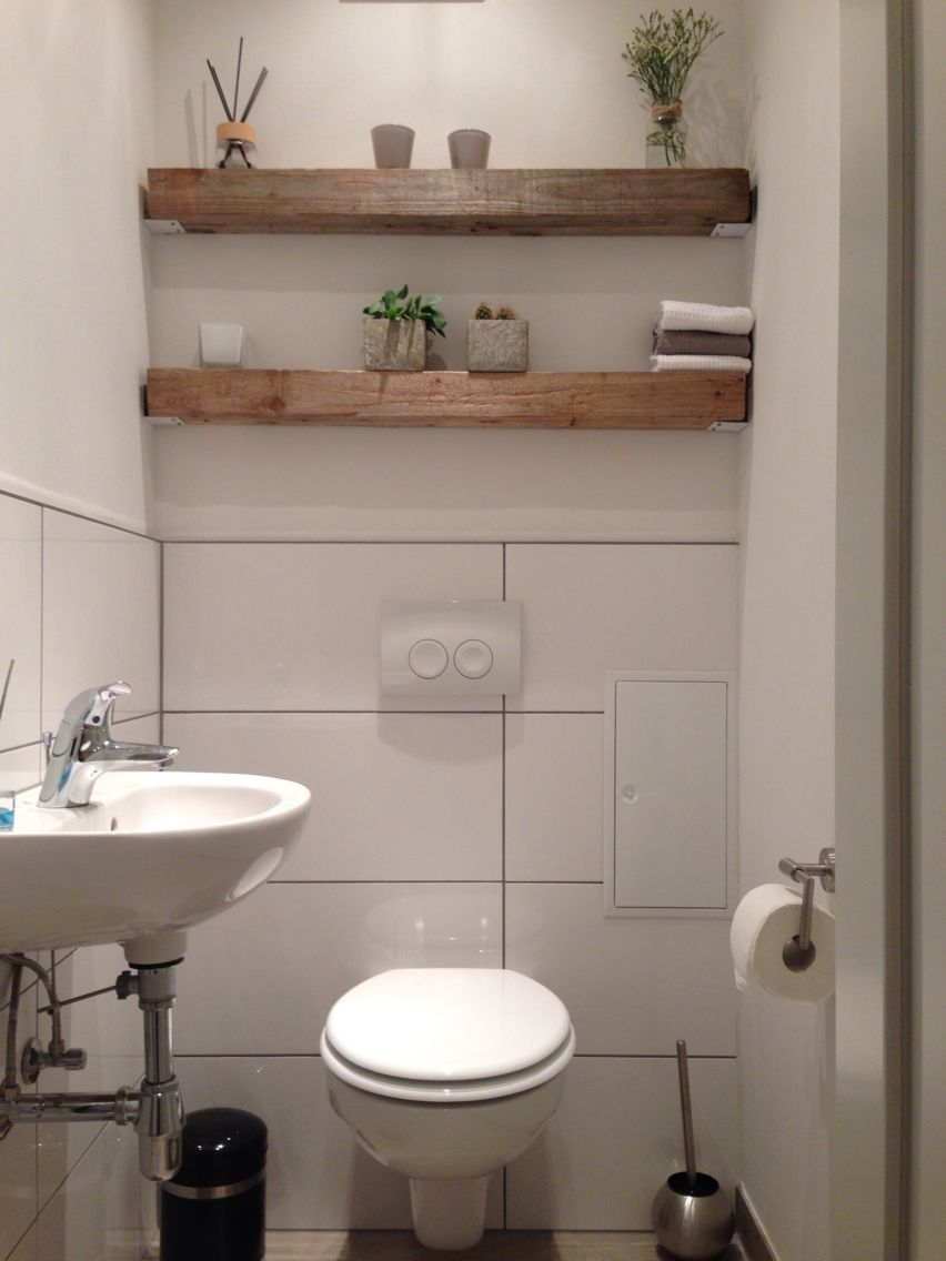 Modern trifft rustikal holz balken regal g ste wc home for Badezimmer regal uber toilette