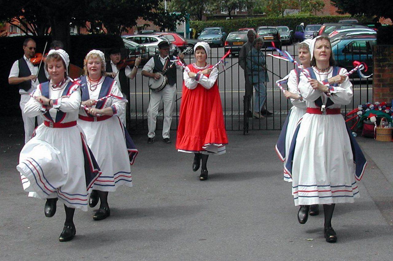English folk dance traditional outfits international