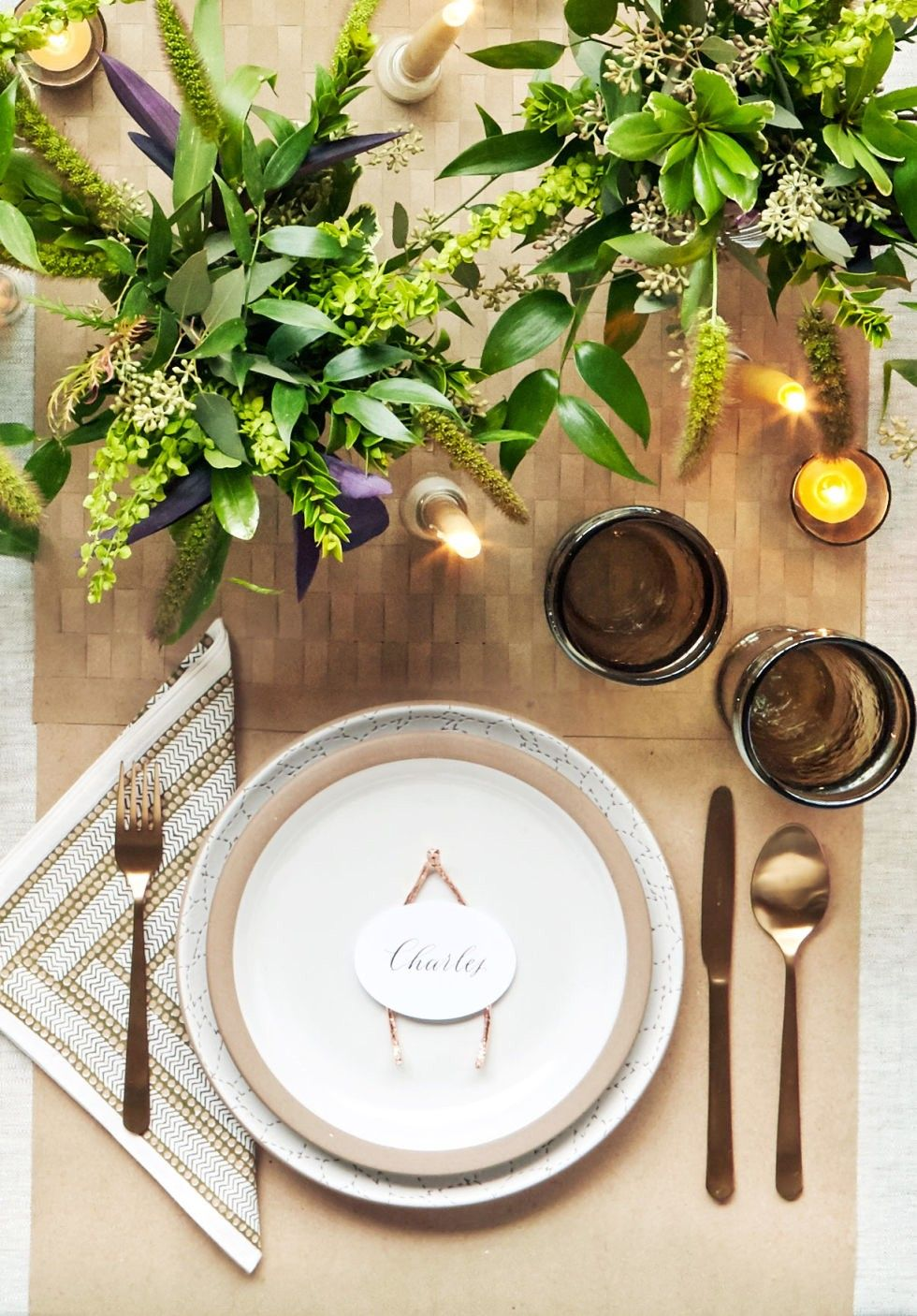 Gorgeous Inspiration for Your Thanksgiving Tablescape. Thanksgiving Table SettingsThanksgiving ... & Gorgeous Inspiration for Your Thanksgiving Tablescape | Thanksgiving ...
