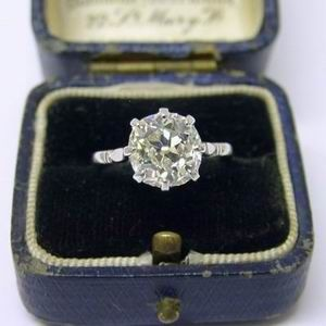 Gorgeous Antique Diamond Ring 3