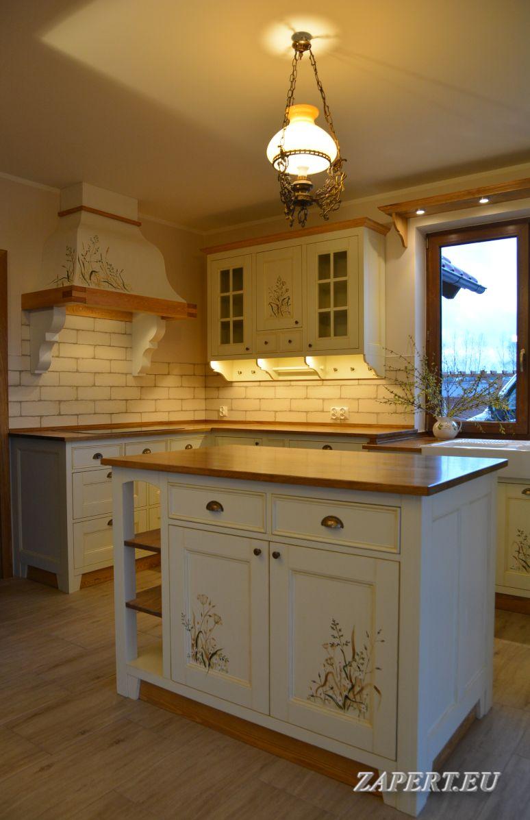Kuchnia Z Wyspa W Stylu Rustykalnym Home Home Decor Kitchen