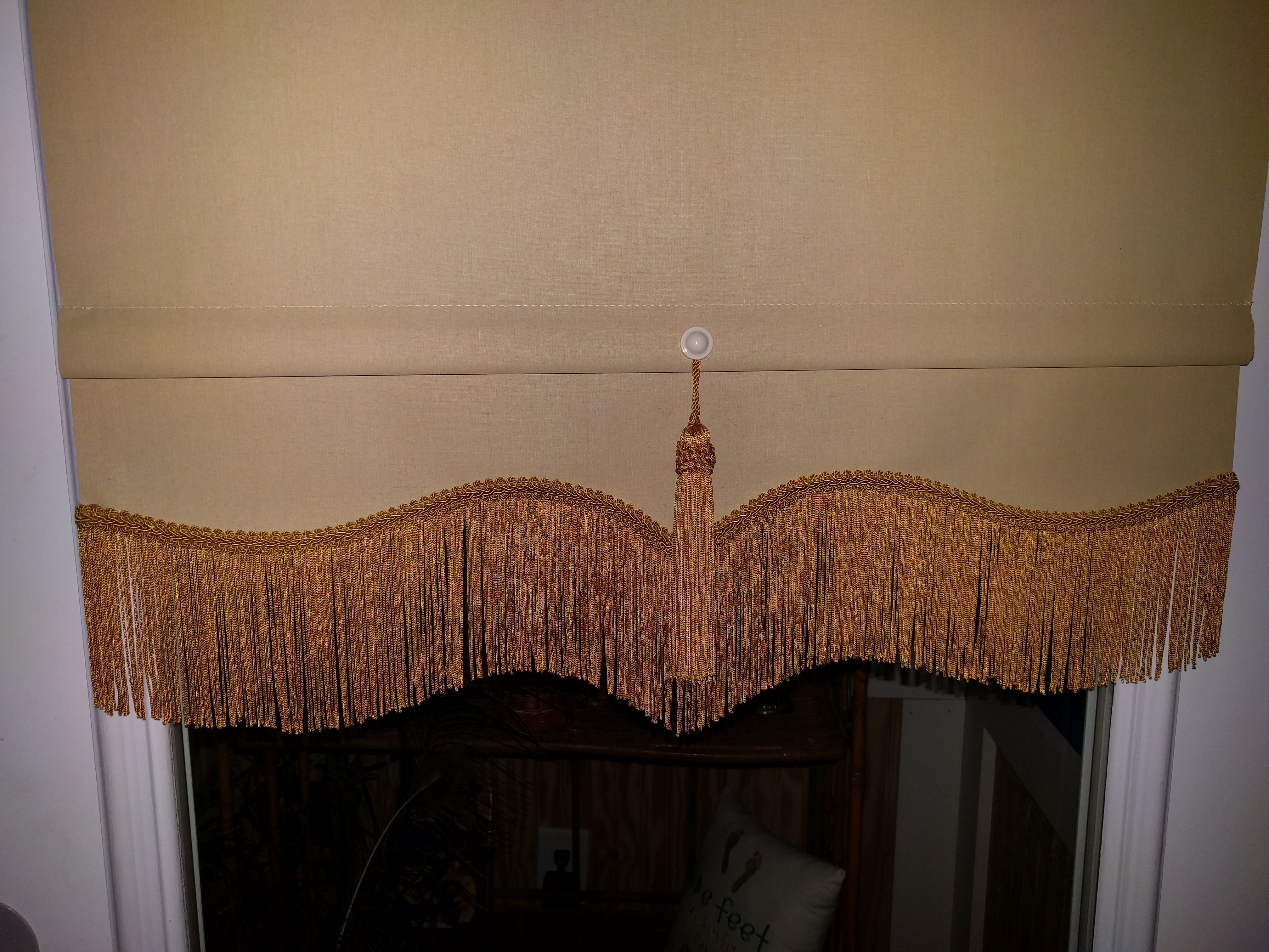 scalloped cotton spring roller shade roller room