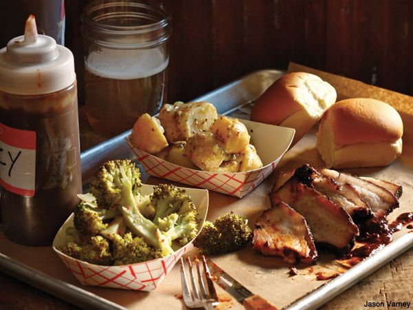Stephen Starr S Fette Sau Serves Up Some Bbq Brisket And Pork Belly With Classic Southern Sides