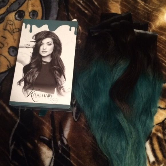 Kylie Jenner Bellami Ombré Hair Extensions 20 180 Gram Black To Teal Ombre