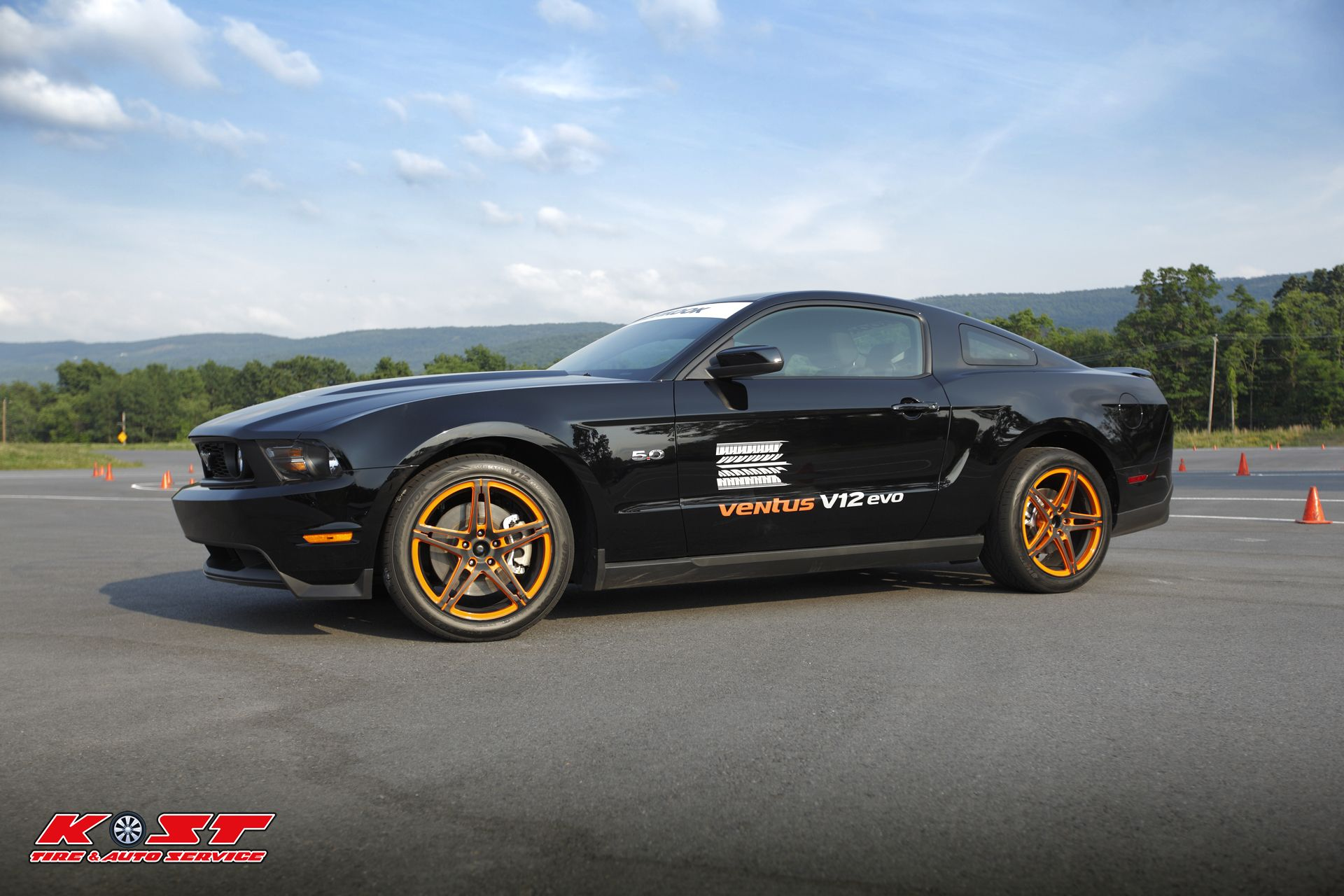 Side view of Hankook Tire s Ford Mustang GT with Venus V12 EVO tires
