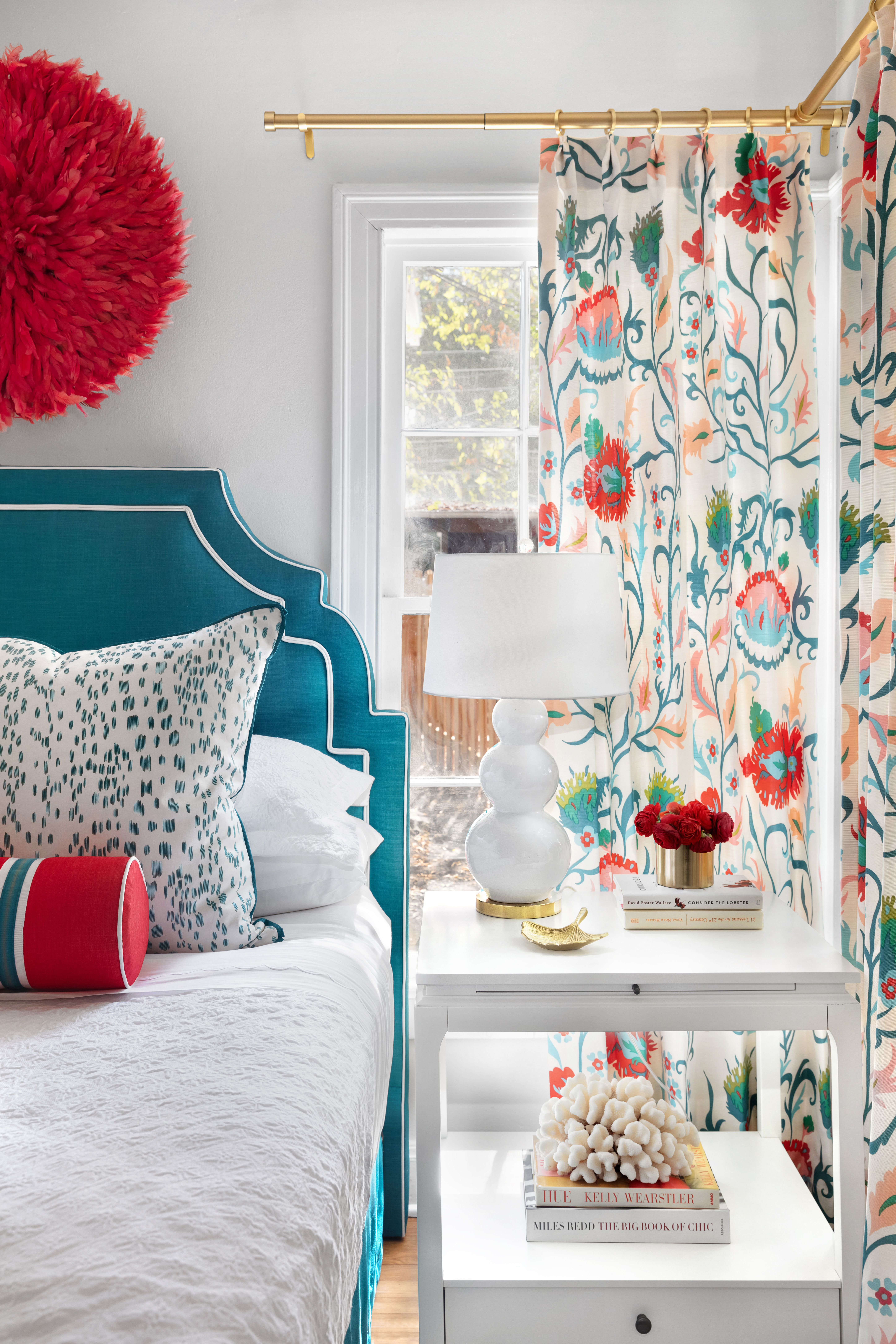 Teal And Red Guest Bedroom Design With Patterns In 2020 Teal Rooms Teal Bedroom Decor Teal Living Room Decor #red #and #teal #living #room #ideas