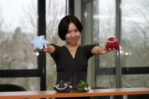 Prof. Dr. Yvonne Wong, RWTH Aachen, theoretical astroparticle physics and cosmology