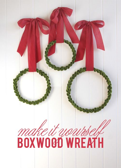Boxwood Wreath from Wool Felt - this project is stunning and so easy to recreate!