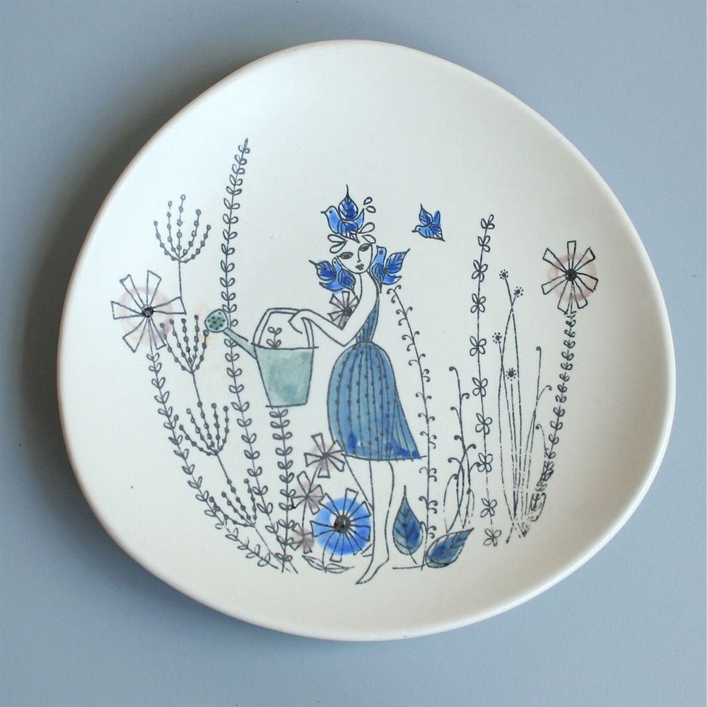 Love scandinavian ceramics!