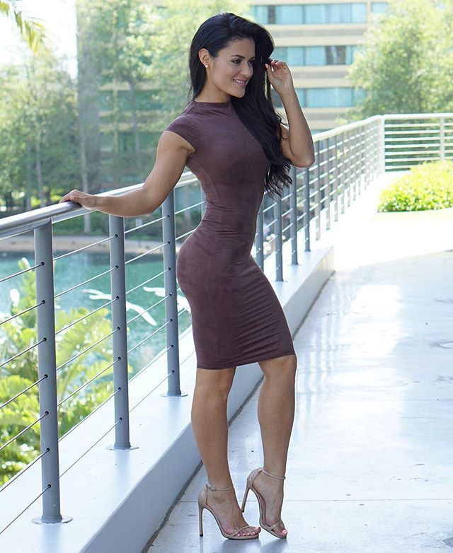 Skin Tight Dress And High Heels Beautiful And Fit Latina Jessica Arevalo Looking Hot In Coctail Dress Im Wearing The Cali Cocktail Dress From