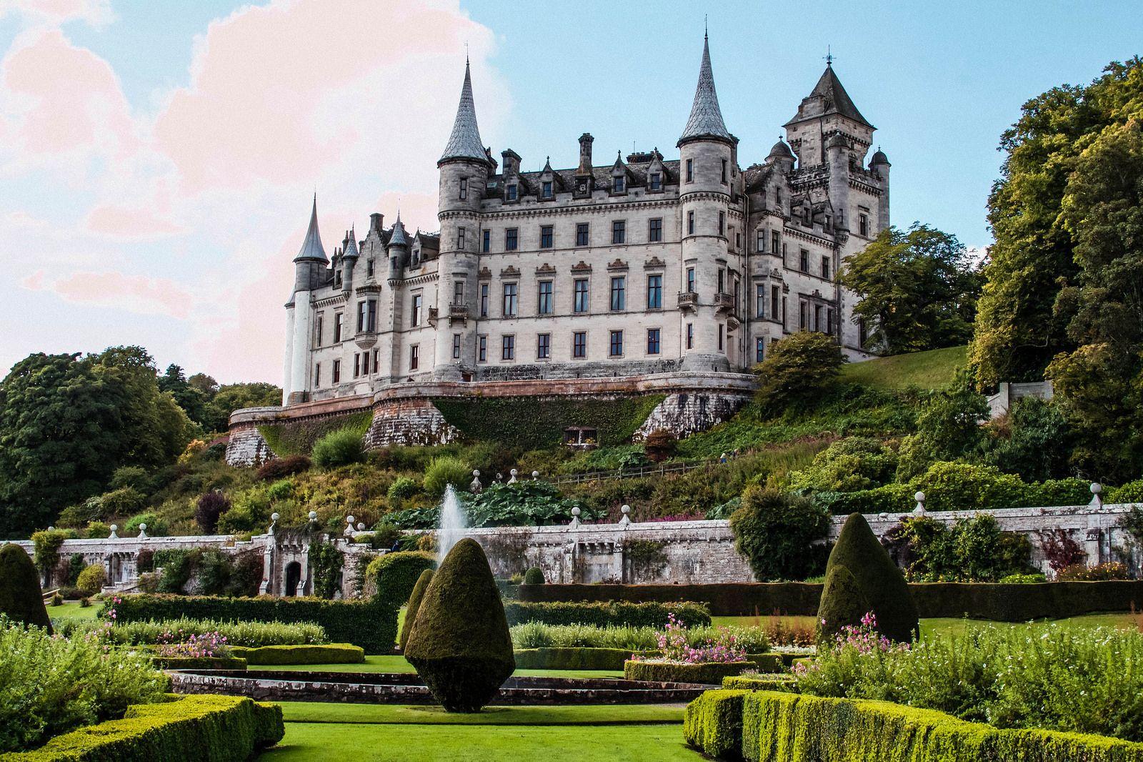частности, дворцы замки мира с описанием и фото регулирования количества