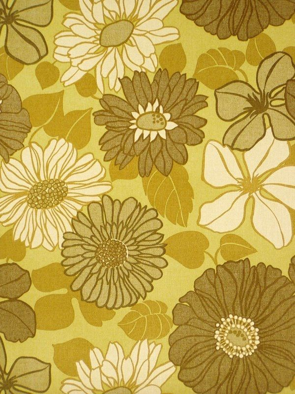 Green Floral 1970s Vintage Wallpaper. Produced by Crown