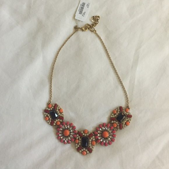 J. Crew Statement Necklace NWT, beautiful statement necklace instantly dresses up any outfit! J. Crew Jewelry Necklaces
