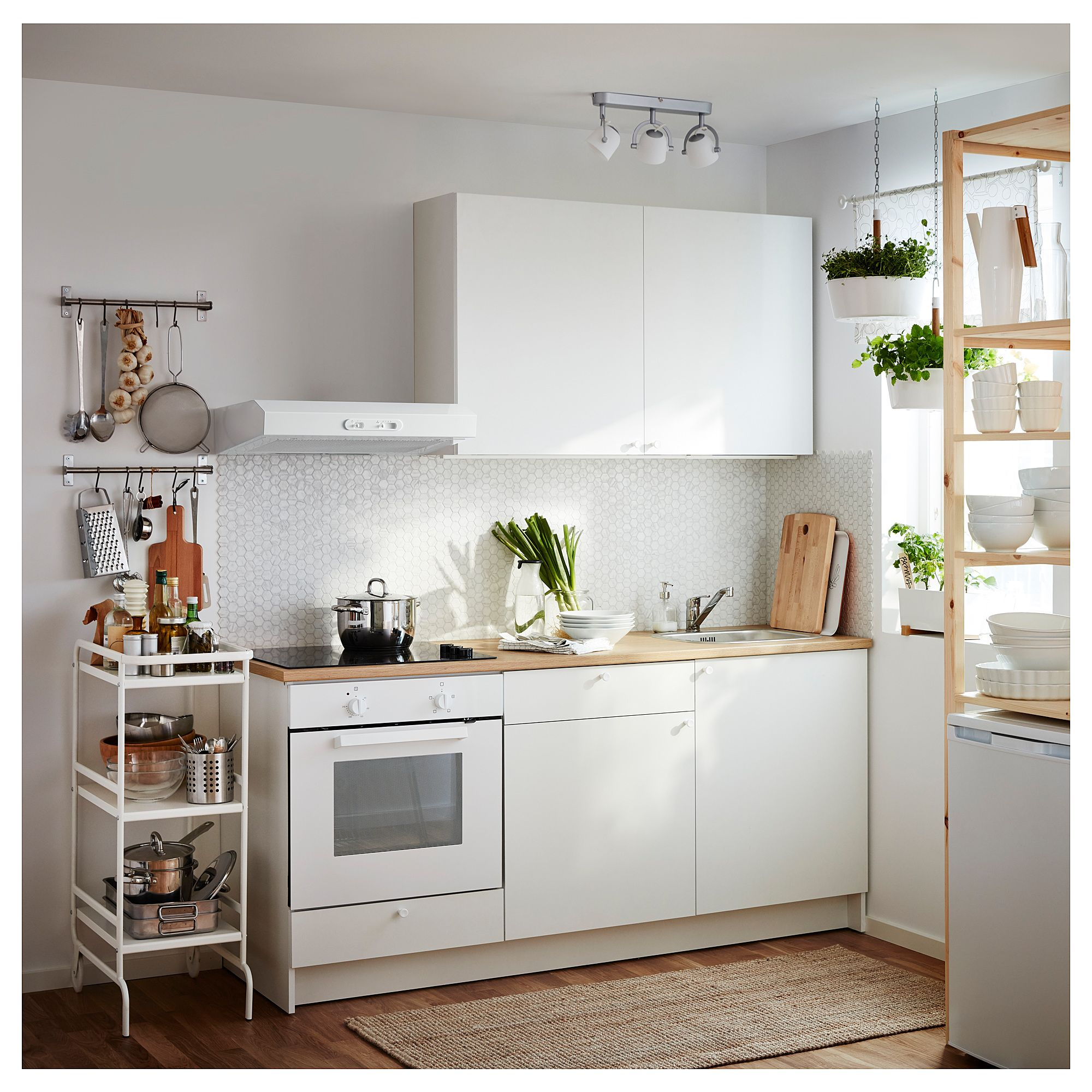 Knoxhult Base Cabinet With Doors And Drawer White 48x24x36 121 9x61 0x91 4 Cm Ikea Small Kitchen Small White Kitchens Kitchen Remodel Small
