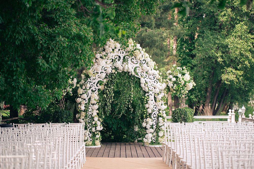 летние арки летом на свадьбе в Иваново