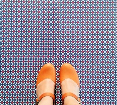 Blue Circus Vinyl Floor tiles for your home