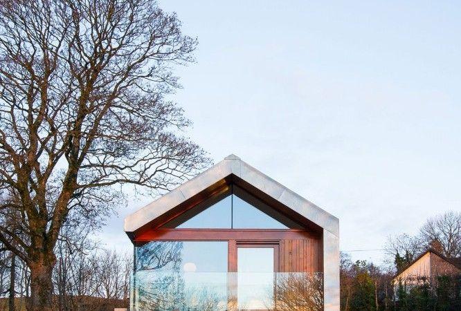 Celeiro de pedra transformada em uma pitoresca Modern Cozy Home