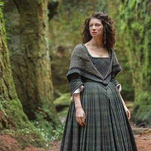 Outlander Inspired Rent Shawl - Hand-knit in the U