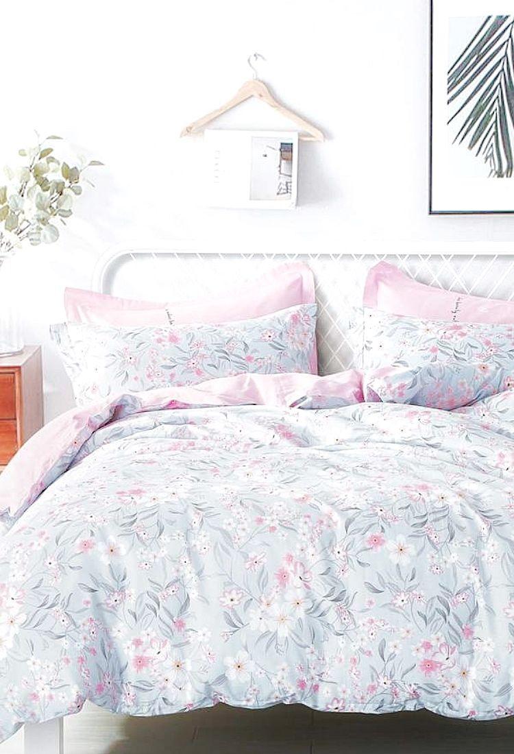 Beautiful And Feminine Bedroom Set | BEDROOM | Soft U0026 Cozy | Pinterest | Feminine  Bedroom, Bedrooms And Cozy.