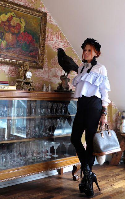 The wardrobe of Ms. B: Large ruffles